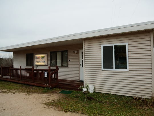 The small building that houses WNBY 1450 AM in Newberry