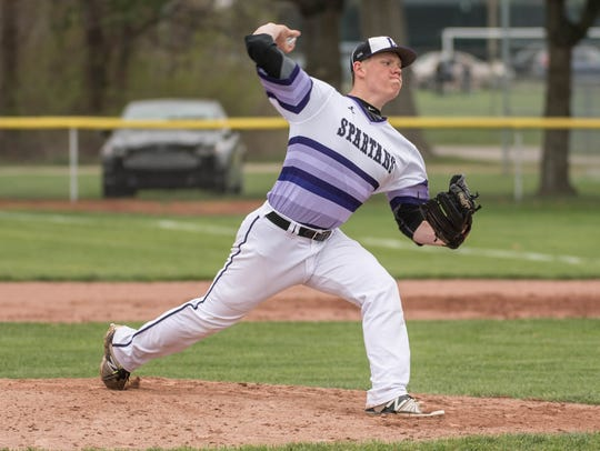 Lakeview junior Taylor Perrett pitches during a recent