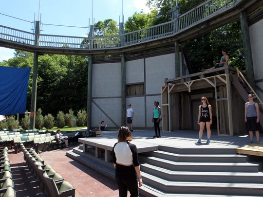 """Actors rehearse a scene from """"Pericles, Prince of Tyre"""""""