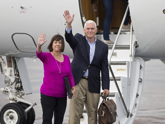 636044743823819015-Pence-heads-to-Cleveland.JPG