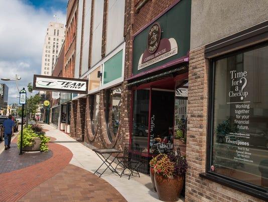 Brownstone-Michigan Ave 7