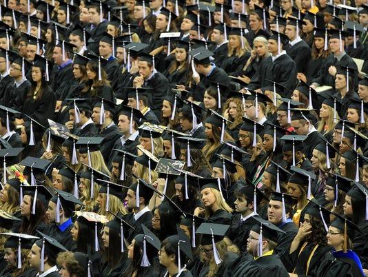 636088687908828637-IOW-0514-UI-Graduation-14.jpg