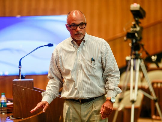 Detroit Water and Sewage Department Director Gary Brown leads a presentation to discuss the Detroit Water and Sewage Department's new drainage fee that will go into effect Oct. 1, during a Detroit City Council meeting at Coleman A. Young Municipal Center in Detroit on Thursday, Sept. 8, 2016.