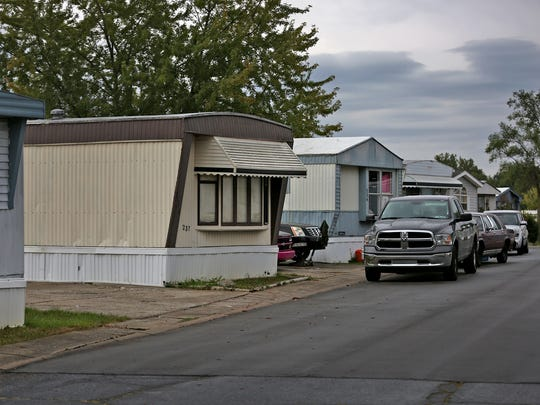 The home of Amber Pasztor is seen in the Countryside Village mobile home park, center, in Fort Wayne, Wednesday, September 28, 2016. Pasztor is accused of killing her two non-custodial children, 7-year-old Liliana Hernandez and 6-year-old Rene Pasztor.