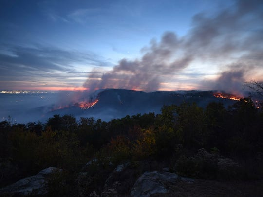 Forest fires burn 119,000 acres in 8 Southeastern states
