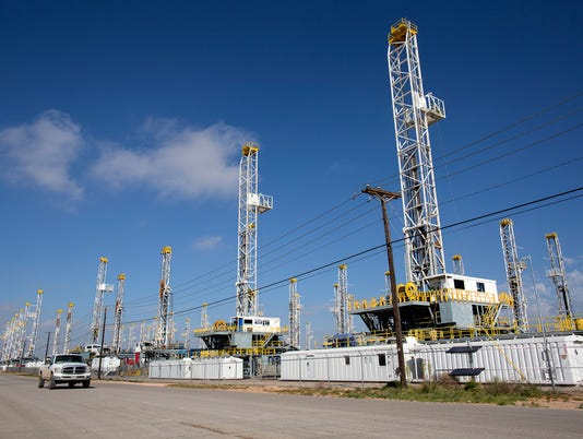 AP OIL DISCOVERY WEST TEXAS F A FILE USA TX