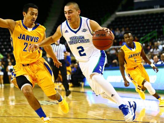 94223748-Islanders-Jarvis-Christian-men-s-basketball--4.jpg
