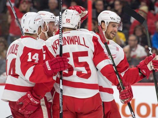 NHL: Detroit Red Wings at Ottawa Senators