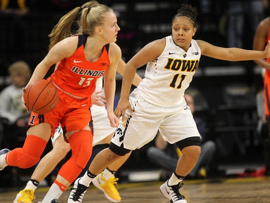 636197657839963757-IOW-0111-Iowa-vs-Illinois-wbb-08.jpg