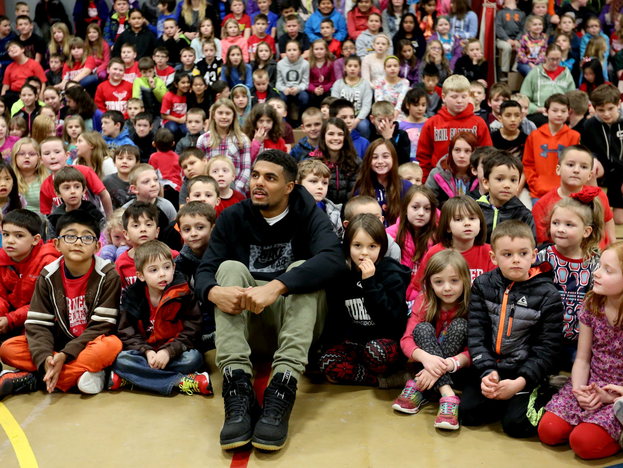 Los Angeles Chargers wide receiver Tyrell Williams visits Turner Elementary School, where he attended fifth grade, on Tuesday, Feb. 21, 2017.