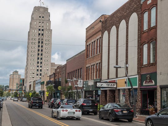 West Michigan Avenue cuts through downtown Battle Creek