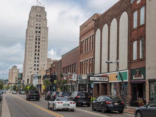 West Michigan Avenue cuts through downtown Battle Creek in 2016.