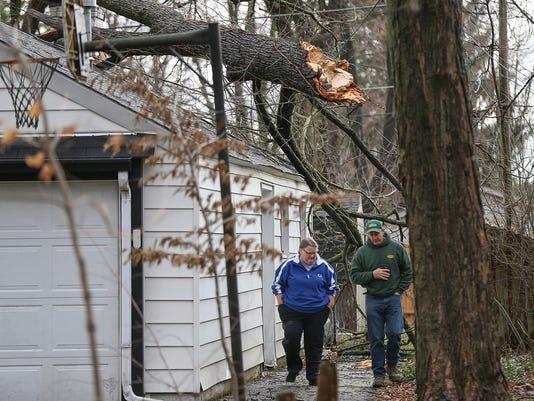 636239601358307275-0301-storm-damage-JRW10.JPG