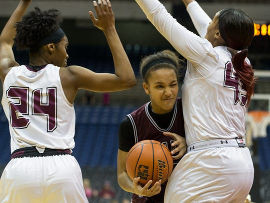 Flour Bluff's Hayle Campbell collides with Mansfield