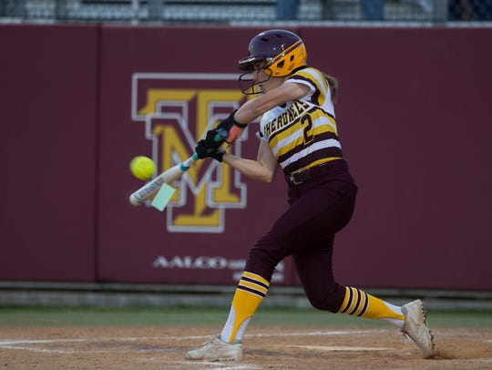 Tuloso-Midway's Brisa Perez during the third inning