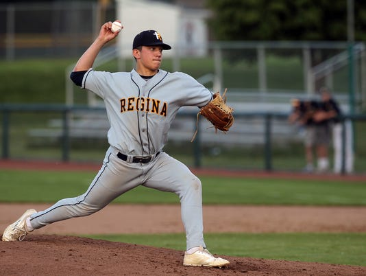 636313512183108008-170525-02-Regina-vs-Solon-baseball-ds.jpg