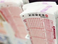 $2M winning Powerball ticket sold in Flint thanks to Powerplay