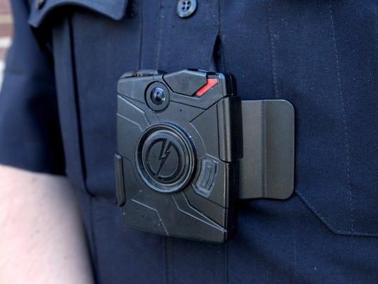 636361848876032991-police-body-cams.jpg