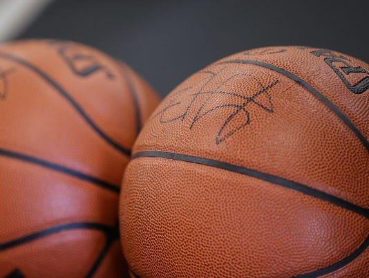 636364470303645474-basketballs.JPG