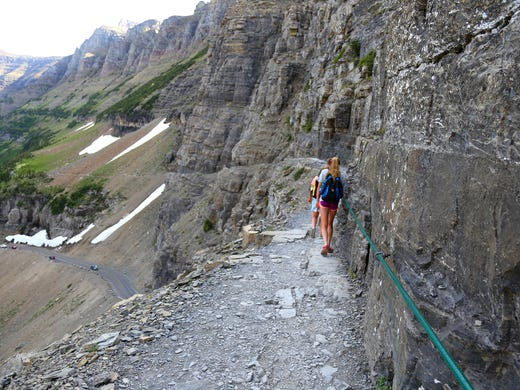 11 can\'t-miss hikes in Glacier