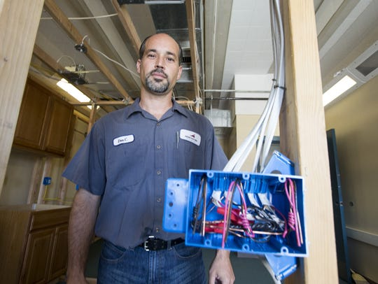 Don Ciani of Austin Electric runs a training workshop