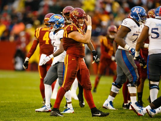 Redshirt senior linebacker Joel Lanning (7) celebrates