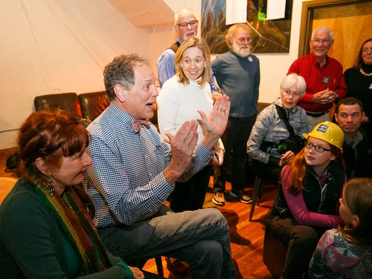 Salem City Councilor Tom Andersen thanks supporters