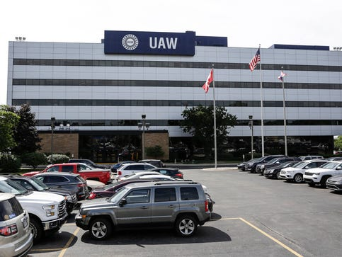 Ex-UAW leader who aided prosecution gets 2 months in training center scandal