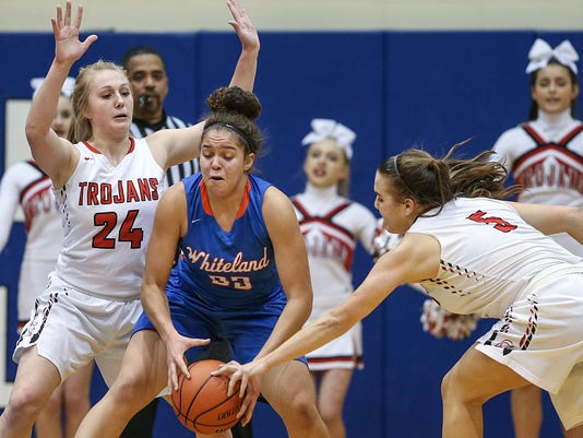 636529410141733584-013018-hs-Center-grove-Whiteland-JRW10.JPG