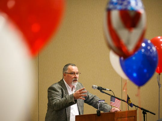 Marion County GOP Chair Jeff Heyen speaks at a debate