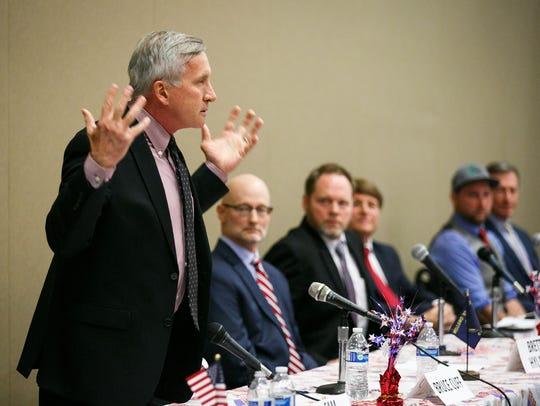 Republican gubernatorial candidate Sam Carpenter delivers