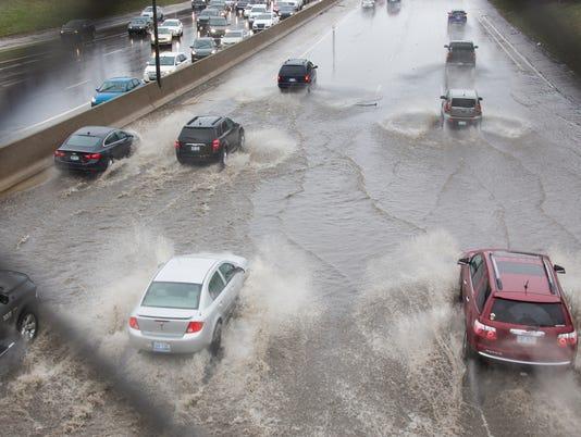 636594097944001422-Flooded75-041518-02-MW.jpg