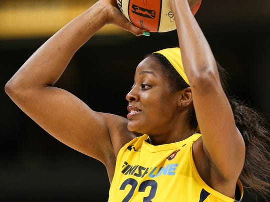 The Fever captured its first lead of the night on a breakaway layup from Stephanie Mavunga, who outran the rest of the floor following a steal.