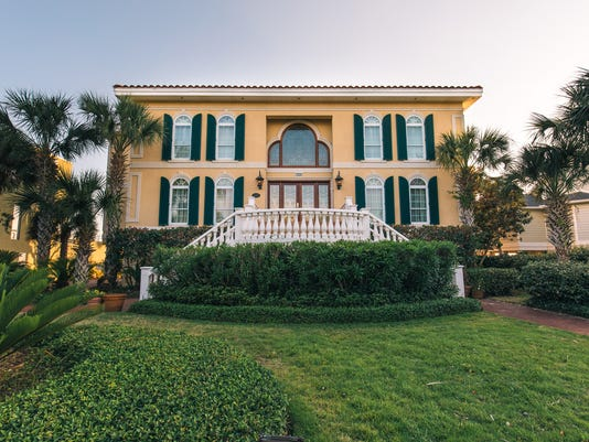 345 Deer Point, front view.