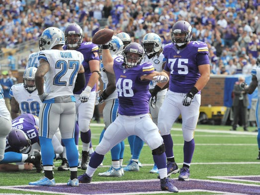 Bumbling Lions Fall To 0 2 After Loss To Vikings