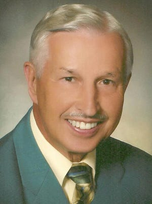 North Dakota Sports Hall of Fame inductee Ed Beier died Sunday in Fargo at age 77.
