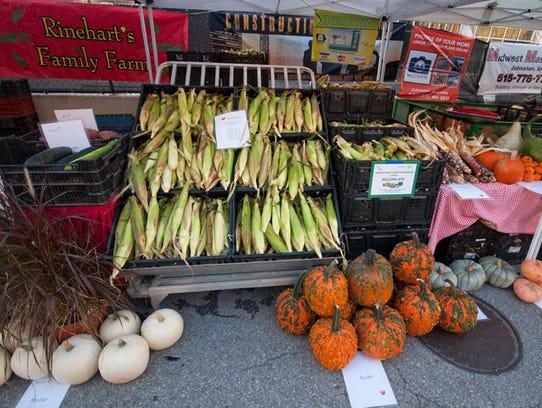 Rinehart's Family Farm has sweet corn and pumpkins