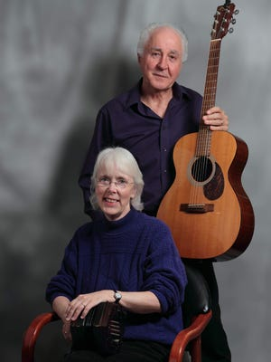 Cindy Mangsen and Steve Gillette perform Saturday in Binghamton