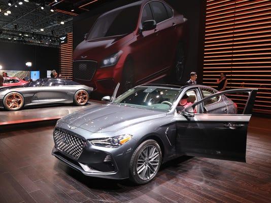 USP NEWS: NEW YORK AUTO SHOW A USA NY