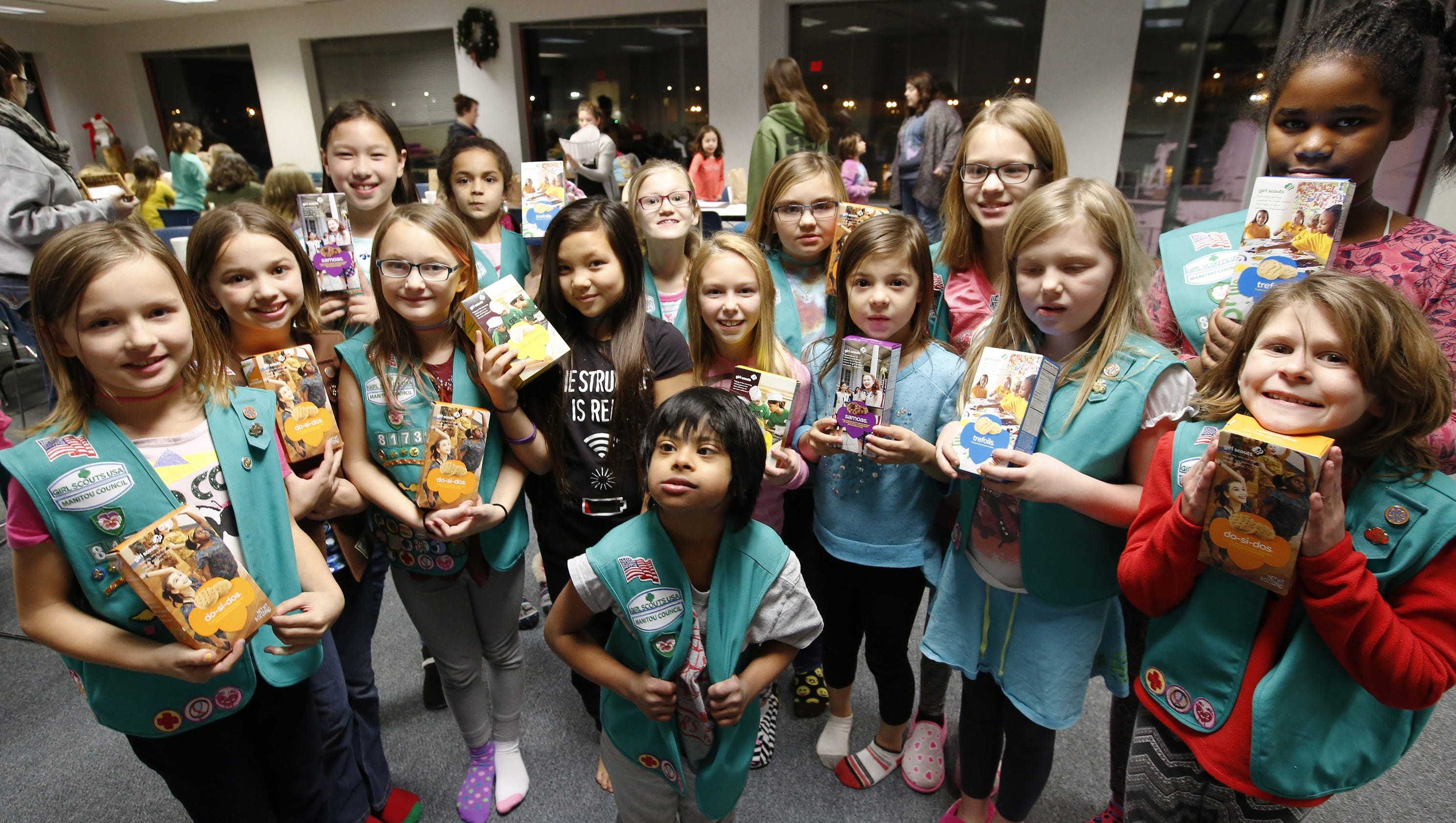 girl scouts kick off annual cookie sales