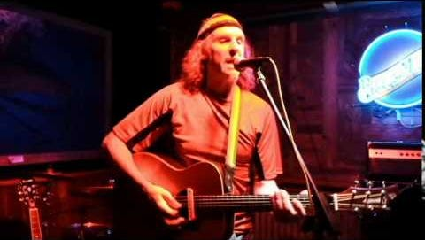 Billy Snipes performs Saturday at Giggity's Restaurant and Bar.