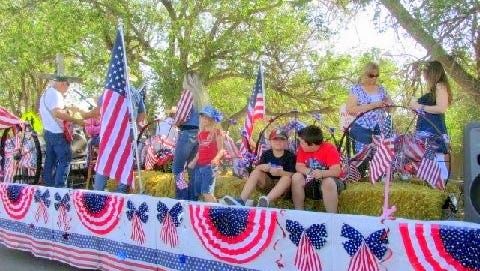 Star and Stripes roll down the streets of Capitan on this patriotic float entered in last year's pararde