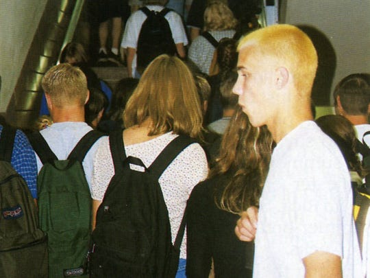 Students hurry to classes during the 1998-1999 school