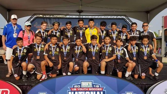 El equipo varonil de fútbol de menos de 14 años El Camino ocupa actualmente la tercera posición a nivel nacional en gotsoccer.com, después de haber llegado a la semifinal del Campeonato Nacional de Fútbol Juvenil de EE. UU.