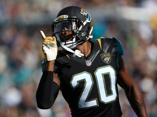 Dec 11, 2016; Jacksonville, FL, USA;  Jacksonville Jaguars cornerback Jalen Ramsey (20) reacts after a play in the second quarter against the Minnesota Vikings at EverBank Field. Mandatory Credit: Logan Bowles-USA TODAY Sports
