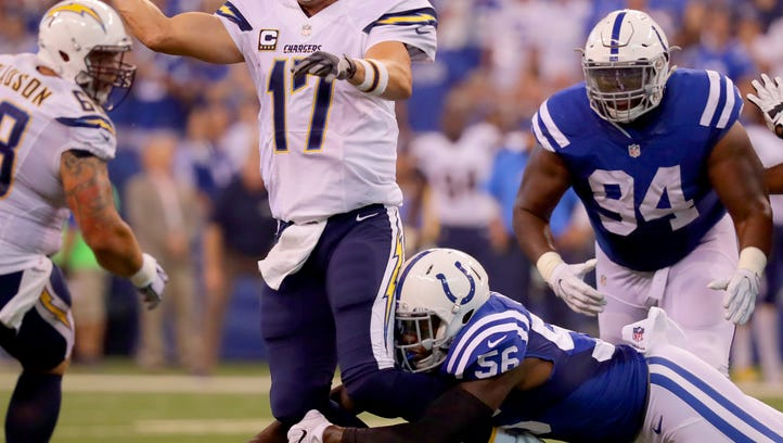 Colts' Akeem Ayers left hometown to find a home