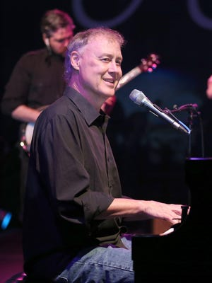 "Bruce Hornsby brings such favorites as ""The Way It Is'' and ""Every Little Kiss'' to the Meyer Theatre on Tuesday evening."