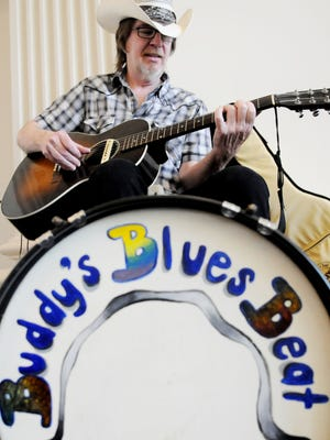 Buddy Flett will play at 6 p.m. every Tuesday at Twisted Root Burger Co.