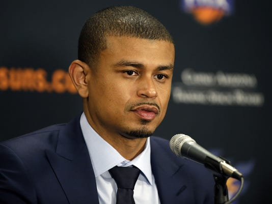 Earl Watson becomes the 17th head coach of Phoenix Suns