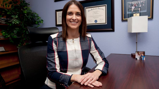 01/30/2017: Raquel Garzon is a new extension faculty member at New Mexico State University. She has an impressive background in nutrition and wellness, and has tips to promote healthy living into the new year.
